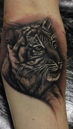 1000 images about tattoo on pinterest lion tattoo. Black Bedroom Furniture Sets. Home Design Ideas