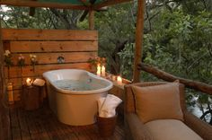Set in lush bushveld forest along the Sabie River, Summerfields Rose Retreat & Spa is a romantic spoil in the heart of Africa.