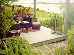 Nordsjö Tinova UV Super Terrace är avsedd för terrasser och utemöbler av tryckimpregnerat virke.