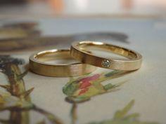 平打ち:断面がスクエアのかたちをしたクールですっきりとした印象を与えるリングです [marriage,wedding,ring,bridal,K18,マリッジリング,結婚指輪,オーダーメイド,ウエディング,ith,イズマリッジ]