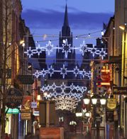 Christmas in Cork, Ireland! This is where my ancestors are from! Christmas In Ireland, Irish Christmas, Outdoor Christmas, Cork Hotels, Family Origin, Cork City, Erin Go Bragh, Irish Girls, Cork Ireland