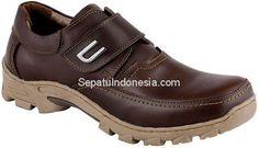 Sepatu pria JHR 3203 adalah sepatu pria yang nyaman dan elegan....