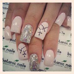Uñas Cross Nail Art, Cross Nails, Silver Nail Designs, Nail Art Designs, Nails Design, Shellac Nails, Acrylic Nails, Gorgeous Nails, Pretty Nails
