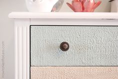 How to paint with Wood Icing — Add texture and character to any old piece of furniture!