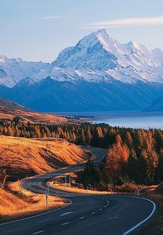 The national park Aoraki / Mount Cook is located on the South Island of New Zealand near the town of Twizel. #Goexplore