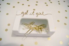 This is a hand painted magnetic paper clip holder perfect for your home office!  It comes with 10 standard size gold paper clips. If youd like