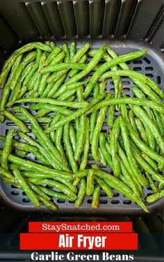 Air Fryer Garlic Roasted Green Beans is a quick and easy recipe that is the perfect side dish for your weeknight dinner. You can also serve this keto dish, crispy or fried, and toss in crumbled bacon Air Fryer Recipes Potatoes, Air Fryer Recipes Vegetables, Air Fryer Oven Recipes, Air Fry Recipes, Air Fryer Dinner Recipes, Veggies, Easy Recipes, Healthy Recipes, Protein Recipes