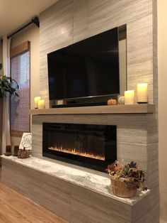 45 Modern Fireplace Ideas, Remodel, and Decor in Living Room Want to remodel your fireplace? Here are some idea that you can use to giving it an modern look. It would bring more coziness to your living room. Fireplace Tv Wall, Linear Fireplace, Fireplace Built Ins, Bedroom Fireplace, Fireplace Remodel, Living Room With Fireplace, Fireplace Surrounds, Fireplace Design, Fireplace Ideas