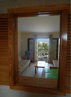 apartamentos de un dormitorio con una ocupación de hasta cuatro personas, totalmente equipados para gozar de unas maravillosas vacaciones en Mallorca, ya sea en familia con niños o en pareja.