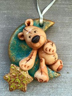 !!!!!! Fimo Clay, Polymer Clay Projects, Ceramic Clay, Salt Dough Crafts, Salt Dough Ornaments, Clay Bear, Clay Animals, Cold Porcelain, Homemade Christmas