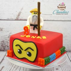 #eventcakes #geburtstagstorte #birthdaycake #torte #motivtorten #tortendesign #fondanttorte #tortendekoration #tortenkunst #fondantcakes #charactercakes #cakeart #instacake #cakedesigner #sugarart #lego #ninjago 7th Birthday, Birthday Cake, Lego Ninjago Cake, Character Cakes, Sugar Art, Chocolate Ganache, Fondant Cakes, Desserts, Dark