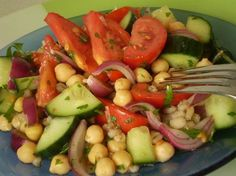 Csicseriborsó saláta recept gerslivel. Laktató csicseriborsó saláta készítése gerslivel. Cukorbetegek, fogyni vágyók, cukorbetegek diétás ebédje! >>>