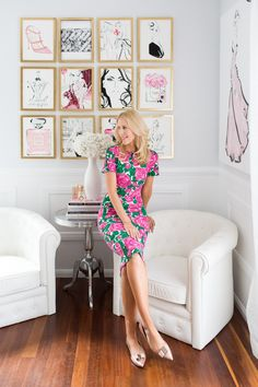 Fashion illustrator Kerrie Hess' small space decorating tips - The Interiors Addict Decorating Small Spaces, Decorating Tips, Decorating Your Home, Home Office Design, Home Office Decor, Home Decor, Office Nook, Kerrie Hess, Feminine Office