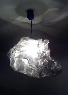 Valta Kunta: Lampa z metalowej siatki