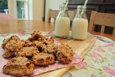 milk and 3 ingredient banana cookies