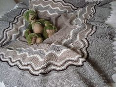 Ravelry: barrbear's Old Shale Hap Shawl