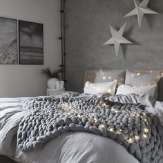 71 marvelous modern bedroom decorating for your cozy bedroom ideas 2 ~ Design And Decoration Cosy Bedroom, Modern Bedroom Decor, Small Room Bedroom, Small Rooms, Bedroom Ideas, Cute Girls Bedrooms, Awesome Bedrooms, Beautiful Bedrooms, Small Space Interior Design