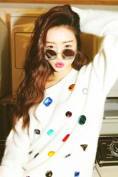Park Sora is a famous model in Korea. What a pretty gal <3 .