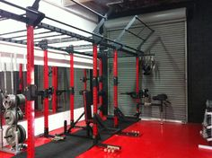 IMG_0487 Crossfit Equipment, Crossfit Gym, No Equipment Workout, Garage Gym, Diy Garage, Gym Design, Layout Design, Parkour Gym, Outdoor Gym