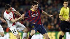 Leo Messi supera els 227 gols a la Lliga d'Alfredo di Stéfano - Diari Ara, 15/02/2014. Leo Messi ha marcat dos gols contra el Rayo Vallecano i ha superat aquest dissabte els registres d'Alfredo di Stéfano, que va marcar 227 gols a la Lliga, i ha empatat amb Raúl González, que en va anotar 228. Amb tan sols 26 anys, el davanter argentí segueix trencant marques i establint nous registres.