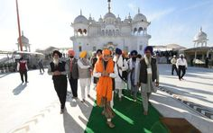 Unity of the country was a priority for Guru Gobind Singh ji: PM