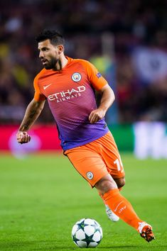 Sergio Aguero of Manchester City FC conducts the ball during the UEFA Champions League group C match between FC Barcelona and Manchester City FC at Camp Nou on October 19, 2016 in Barcelona, Catalonia.