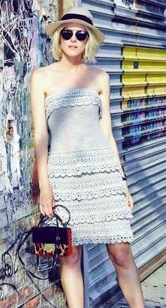 Vanessa Montoro coleção feminina vestido crochê tomara que caia com babados catalogo verão 2015