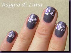 Raggio di Luna Nails: April 2013
