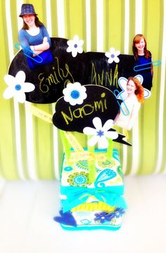 SusieQTpies Cafe: Easy Craft Photo Cube Bouquet for Grandparents Day Cool Diy Projects, Craft Projects, Crafts To Make, Easy Crafts, Bow Making Tutorials, Happy Grandparents Day, Photo Bouquet, Photo Cubes, Easy Homemade Gifts