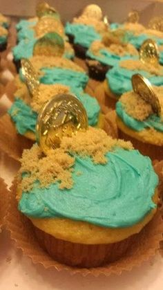 jake and the neverland pirates cupcakes  treasure cupcakes