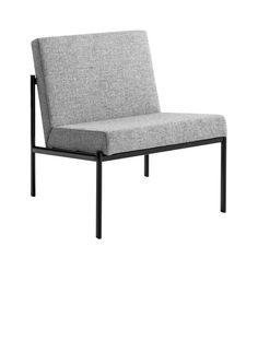 Kiki Sofa fra 1960 er designet af finske Ilmari Tapiovaara.Med Kiki serien går Tapiovaara væk fra det organiske udtryk og brugen af massivtræ. 12000 kr