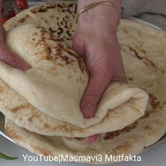 Login Tatlı tarifleri – The Most Practical and Easy Recipes Turkish Recipes, Ethnic Recipes, Bread Recipes, Cooking Recipes, Good Food, Yummy Food, Cookery Books, Breakfast Items, Arabic Food