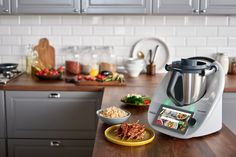 So much more than just a blender or a slow cooker, the Thermomix® can perform up to 20 different culinary functions. It can: - Mix - Boil - Steam - Blen. Thermomix Usa, Robot Thermomix, Slow Cooking, Healthy Cooking, Cooking Recipes, Sous Vide, Kimchi, Cooking Appliances, Veggies