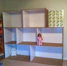 American Girl no-sew dress Doll's house made from cardboard boxes Casa American Girl, American Girl Crafts, American Girls, Girls Dollhouse, Diy Dollhouse, Cardboard Dollhouse, Cardboard Boxes, Cardboard Design, Barbie Furniture