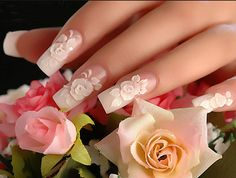 Here's another very cute looking design using some nice pink flowers which look very classy and stylish.