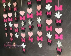 Minnie Mouse Vertical garland set, 4 or 8. Please see my SHOP ANNOUNCEMENT for current production queue time. Just click on my shop icon. PLEASE READ BEFORE PURCHASE!!! : All garlands are HANDMADE TO ORDER, they are NOT pre-made. PROCESSING TIME IS IN BUSINESS DAYS (not including weekends or Holidays) processing time does not include shipping. If you are purchasing for a party, please take into account the turn around time. If you are running short on time, choosing PRIORITY shipping at...