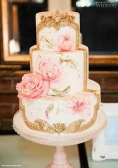 painted roses on cake - weddings