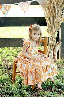 Girls Dress Sewing Pattern - a little modification and this would be darling! Girls Maxi Dresses, Flower Girl Dresses, Sleeveless Dresses, Sewing Patterns For Kids, Clothing Patterns, Girl Dress Patterns, Baby Girl Fashion, Sewing Clothes, Sewing Tips