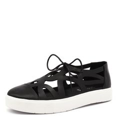 This statement pair can elevate your street style ensemble instantly! With cut-out detailing, you can pair this flat with anything from dresses to a simple jeans and tee combo. Shop 'Vero Black Leather' by Silent D at styletread.com.au