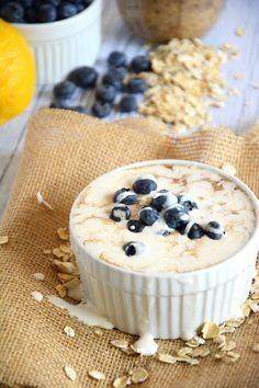 Overnight Blueberry Lemon Cheesecake Oats - The Housewife in Training Files