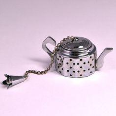 Cute Vintage Teapot Shaped English Tea Strainer