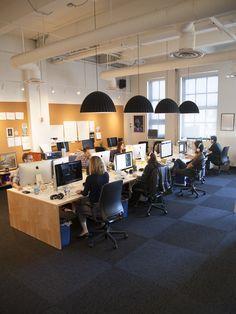 Ideas Open Office Lighting Lamps For 2019 Open Space Office, Creative Office Space, Office Workspace, Small Office, Corporate Office Design, Office Interior Design, Office Interiors, Office Designs, Design Corporativo