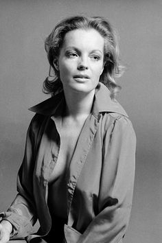 : Romy Schneider – Iconic Images Austrian actress Romy Schneider in a prompt studio session with Sereny in Rome, Italy, Classic Actresses, Hollywood Actresses, Beautiful Actresses, Actors & Actresses, Romy Schneider, Classic Hollywood, Old Hollywood, Mädchen In Uniform, Actrices Sexy