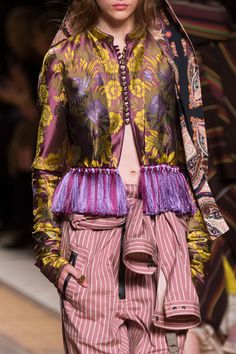 Etro Spring 2017 Ready-to-Wear Details