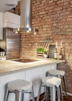 Brick wall in a #kitchen ♥
