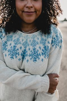 Ravelry: When Snow Falls pattern by Verena Cohrs Knitting Paterns, Knitting Charts, Knitting Socks, Knitting Designs, Knitting Projects, Hand Knitting, Knitting Ideas, Fall Patterns, Knit Patterns