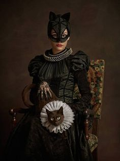 Catwoman | This Is What Your Favorite Comic Book Characters Would Look Like In The Elizabethan Era