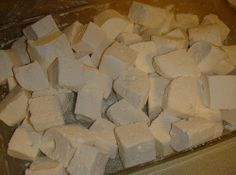 Homemade marshmallows : holiday gifts and baking for coworkers, parties and groups on Craftster.org