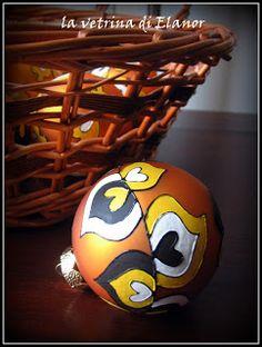 sfere in vetro dipinte a mano