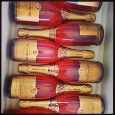 Tattinger pink Champagne #FijiWedding